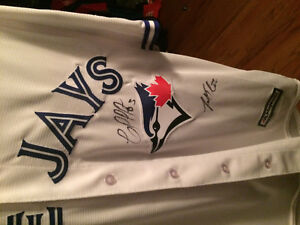 Toronto Blue Jays Jersey signed by four players Kawartha Lakes Peterborough Area image 3