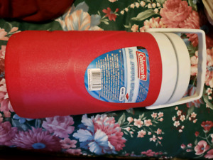 NEW! Coleman insulated jug