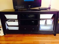 Like new entertainments unit