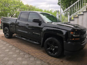 2016 Chevrolet 1500 Blackout Edition