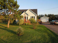 COZY HOME ON BEAUTIFUL LOT IN DIEPPE