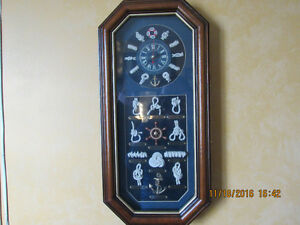 Maritime knots decorated wooden quartz clock