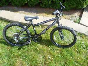 """20"""" Carrera Signal 5 Speed Mountain Bike With Good Tires"""