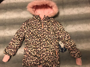 Brand new size 6 girl's pink winter coat