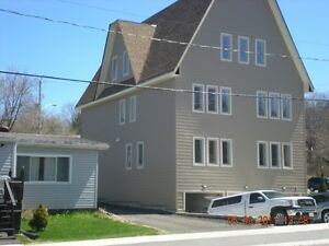 3Bedroom apartment in DownTown of Parry Sound