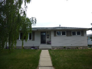 Camrose 5 Bedroom House for Rent