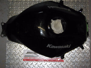 2009-2012 kawasaki 250 ninja gas tank brand new London Ontario image 1