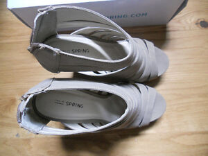 wedges beige taupe tan,size  38, 8.5 Kitchener / Waterloo Kitchener Area image 4