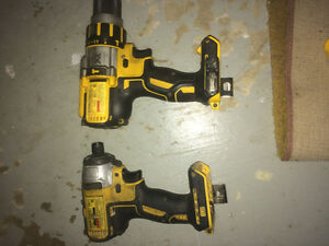 Dewalt brushless drill/driver kit
