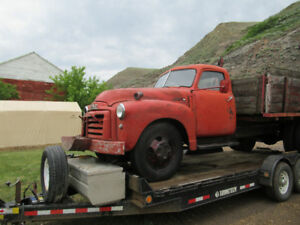 1948 GMC  3 ton truck with cable hoist 2 speed axle