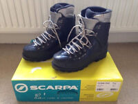 Scarpa Vega High Altitude Mountaineering Boots - size 7.5 to fit size 6.5 /7 feet - 150 OBO