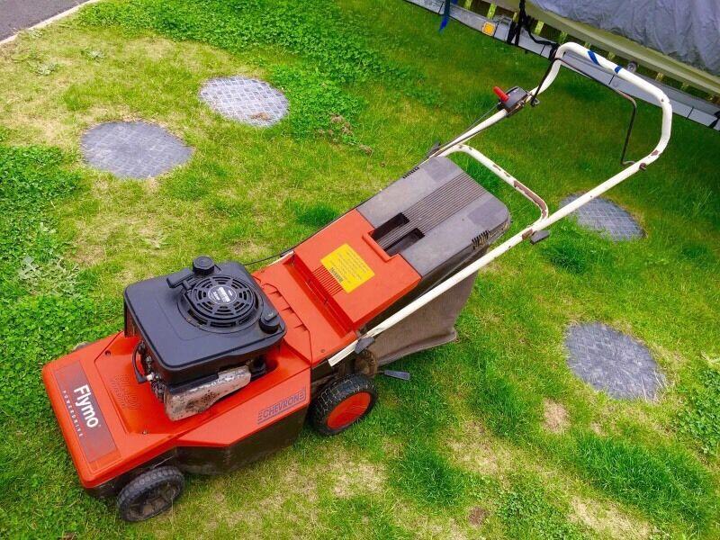 Flymo Rl 420 Self Propelled Petrol Lawn Mower In