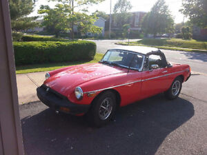 1975 MGB soft top