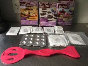 Easy Bake Oven and many accessories