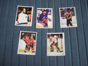 5 CARTES DE HOCKEY,O-PEE-CHEE STICKERS,1983,DE COLLECTION.