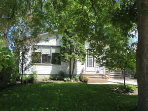Spacious Split Level in Southwest Area- Portage la Prairie