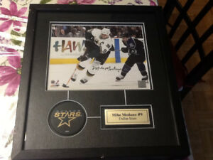 Hockey autograph framed pictures