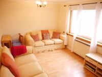 1 bedroom flat in Robert Burns Drive, Liberton, Edinburgh, EH16 6BL