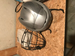 Helmet and 4 point cage