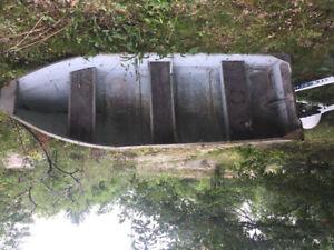 13 ft Aluminum boat