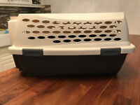 PetMate Kennel Cab- Barely used