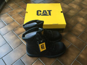 "Men's Brand New Size 10 8"" Boots. CAT"