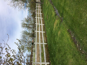 APPROX 225 ft WOOD FENCE