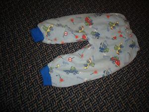 Boys Size 2 Flannel PJ Set Kingston Kingston Area image 5