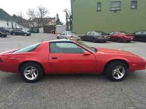 1985 Chevrolet Camaro Coupe RED - T-Top ROOF