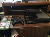 Selling Xbox One w/ Kinect and 2 games!