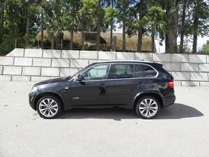 "2010 BMW X5 48i, V8, Fully Loaded with ""M"" Sports Package!!"