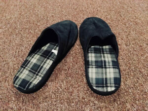 Slippers (size 9-10)