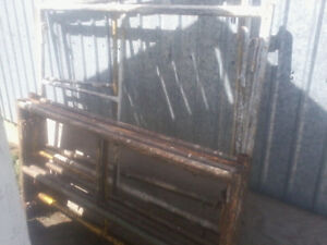 5' wide SCAFFOLDING sections
