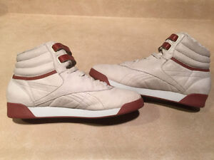 Women's Reebok 25th Freestyle Anniversary Shoes Size 7.5 London Ontario image 4