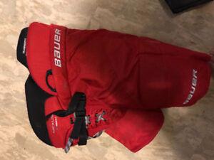 Junior XL Bauer vapor n9000 hockey pants