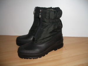 near new *** SOREL *** Bottes d'hiver boots  for size 8 - 8.5 US