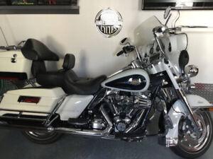 Harley Davidson FLHTC 2013