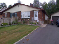 Four Bedroom House - Hunt Club/Conroy - Available August 1st!!