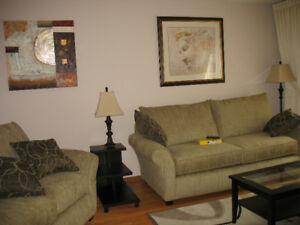 2 rooms available May 1 in a Female Trent Student house