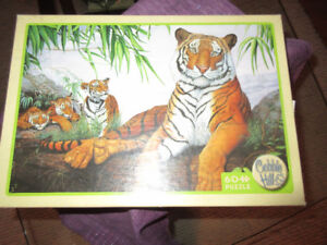 Cobble HIll 60 Piece Puzzle - Tiger Family    Beautiful!