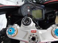 Aprilia RSV4 Factory 2009 *FSH Full MOT*