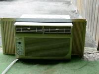DIGITAL AIR CONDITIONER - EXCELLENT CONDITION