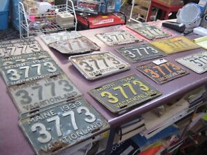 Set of 20 Antique License Plates ALL the same number!