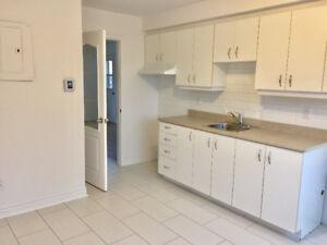 Appartement 4 1/2 à louer près du Metro Concorde disponible main