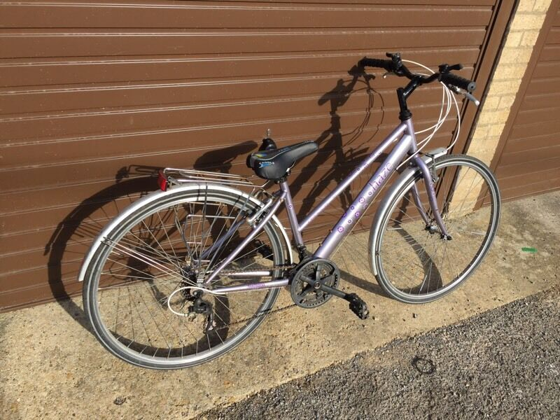 Ladies Town Bike. Serviced, Free Lock/Lights/Delivery.