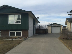 Nice clean house for rent! FortMacleod