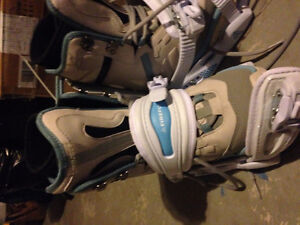 Boots with clips never used