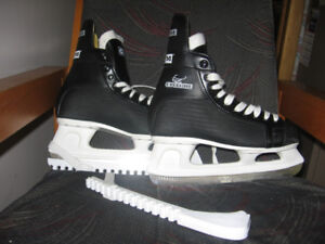 patins a glace  point. 8  (adultes  )