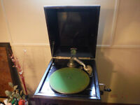 """1914, Model """"B"""" cabinet style antique Phonograph for sale"""