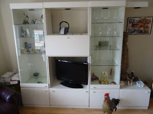 Lot de multiples meubles à vendre